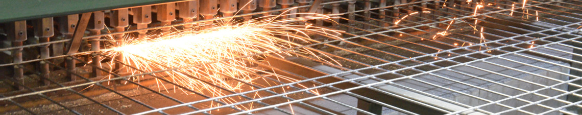 Welding of a technical wire mesh
